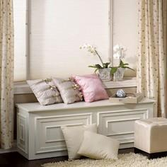 Blanket chest-bench construction p