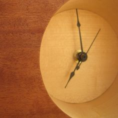 Retro Style Wood Veneered Table Clock tutorial