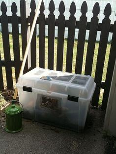 Simple, cheap compost bin