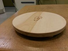 Create a custom round pastry board