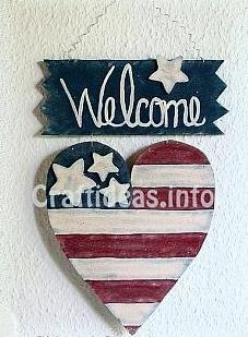 Wooden Welcome sign for the summer