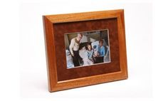 Simple elegant picture frame