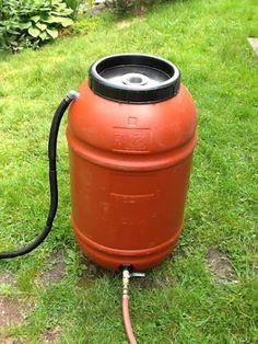 Rainwater harvesting: Rain Barrel DIY
