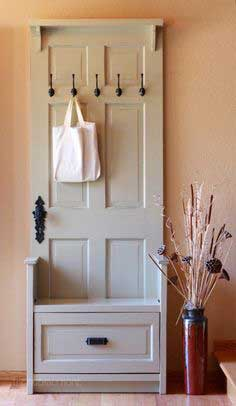 entry bench from old door tutorial