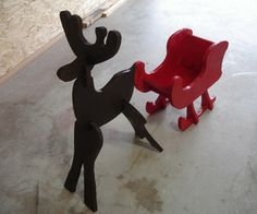 Build a Holiday Reindeer and Sleigh For $15